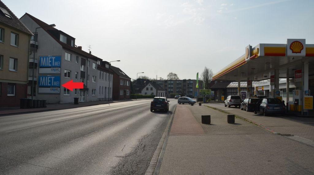 Friedrich-Ebert-Str. 412/geg. Tkst/quer am Giebel (unten)