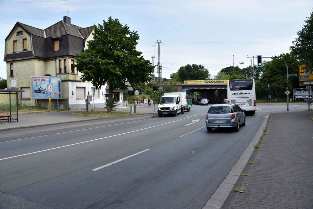 Bahnhofstr. 159 (quer)