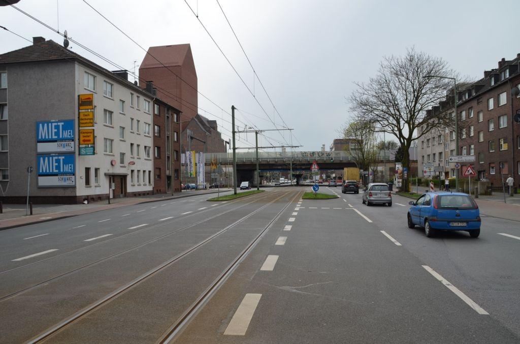 Ruhrorter Str. 14/quer am Giebel (oben)