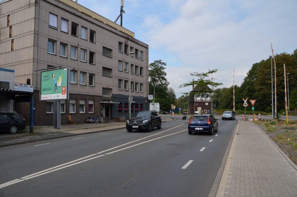 Corneliusstr. 55/Ecke Heerstr/WE lks (City-Star)