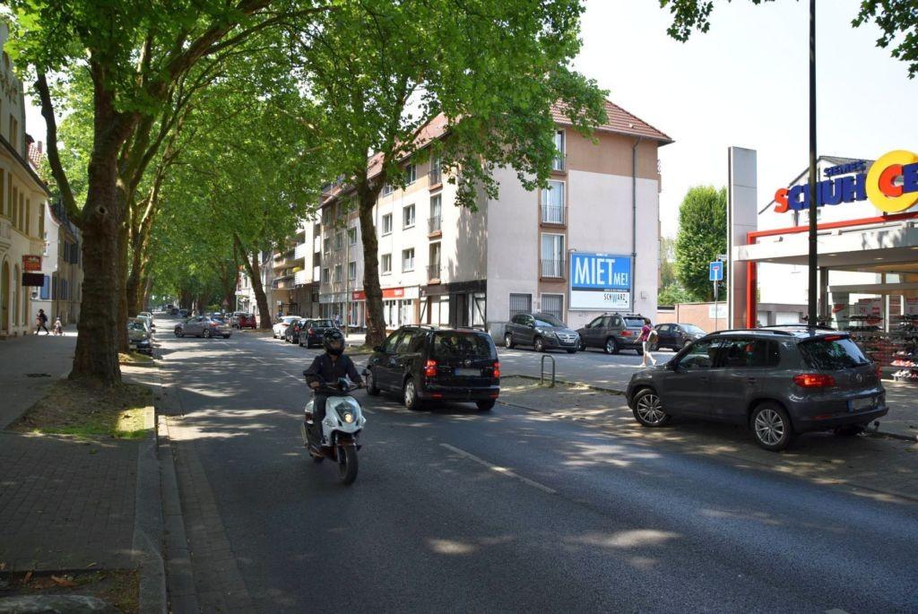 Münsterstr. 107/B 54 (quer am Giebel)