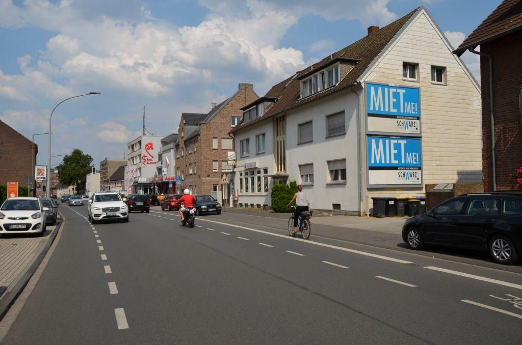 Düsseldorfer Landstr. 331/quer am Giebel (oben)