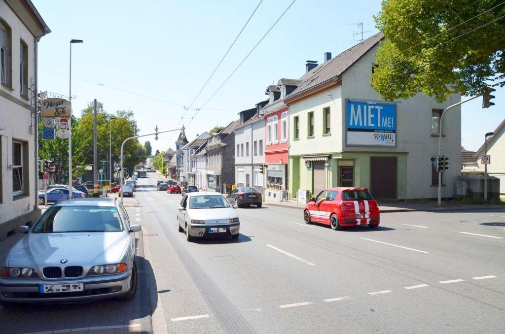 Weyerstr. 258/Brüderstr/Zufahrt Lidl (quer am Giebel)