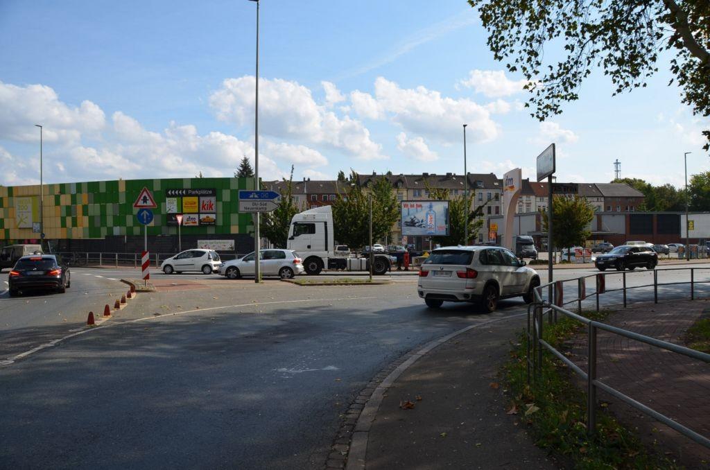Am Brink/Albertstr. 8/Netto/Sto. 1 (City-Star)