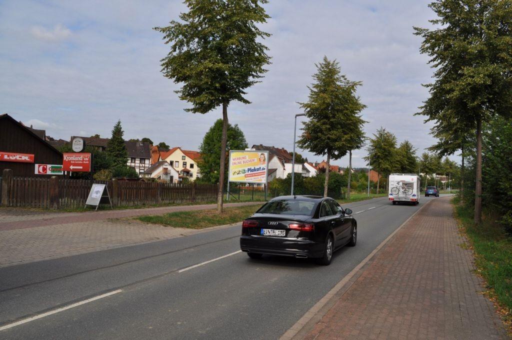 Berghöfe/Bahnhofstr. 33/bei Kronland Getränkemarkt (WE lks)