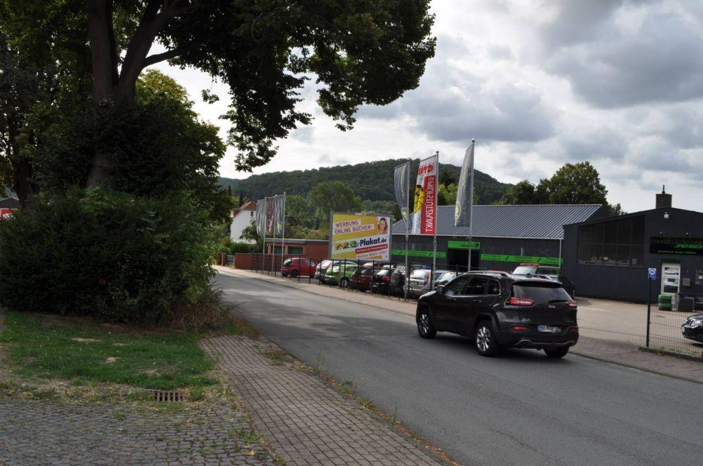 Ilmestr. 4/Zufahrt Rewe (WE rts)