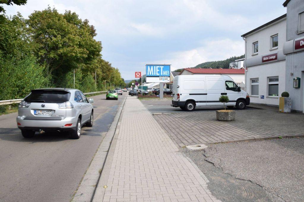 Bahnstr. 94/nh. Getränke Keil/WE rts (City-Star)