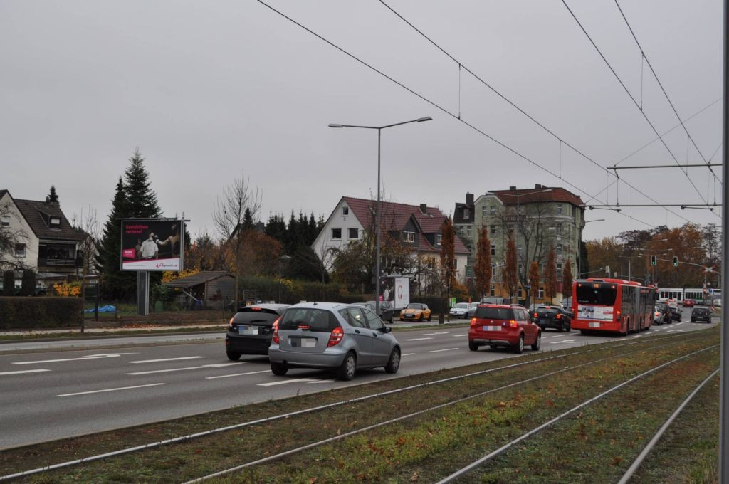 Holländische Str/B 7 + B 83/Tönisweg 7/WE lks (City-Star)