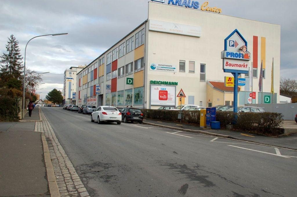Marktbreiterstr. 11/Zufahrt Rewe/bei Profi Baumarkt (quer)
