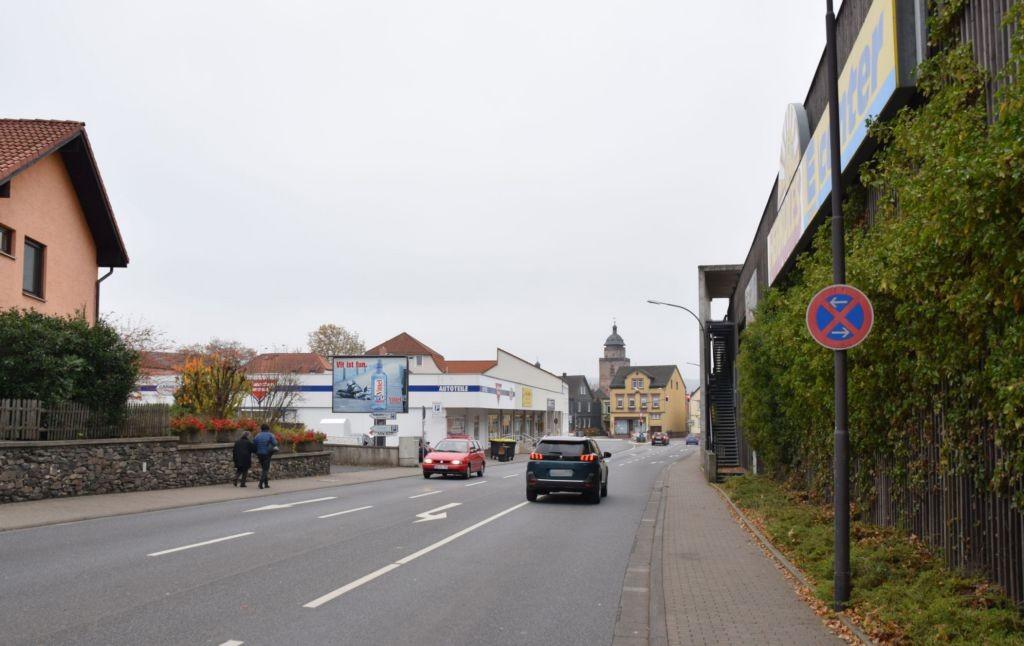 Georg-Dietrich-Bücking-Str/B 62/geg. E-center/WE lks (CSB)