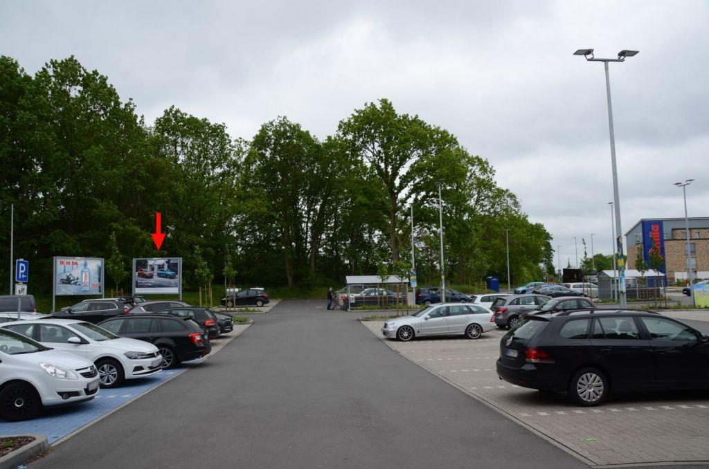 Stadtweg 160 /Famila/geg. Eingang