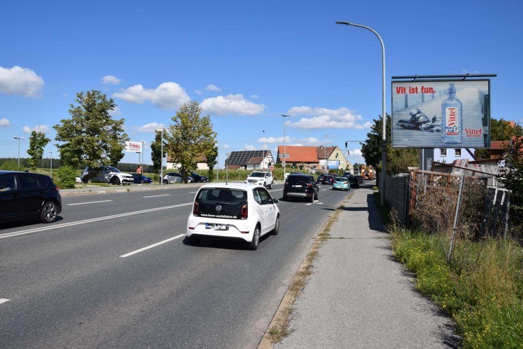 Nürnberger Str. 114/B 2/geg. Edeka -Am Pointgraben (quer)