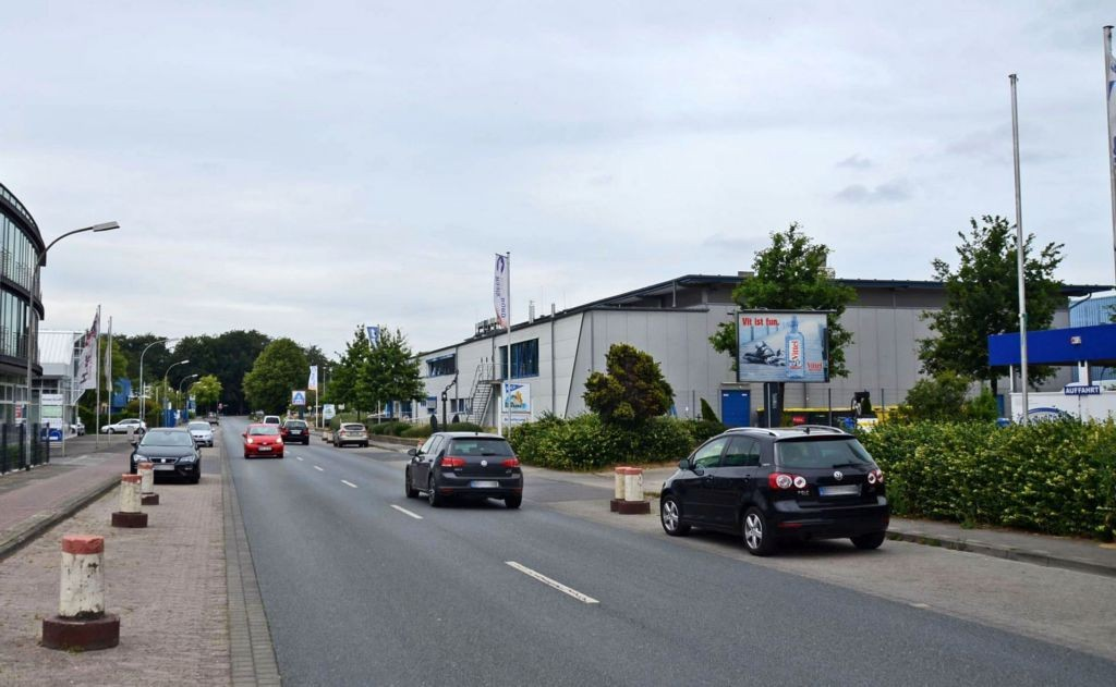 Max-Planck-Str. 5a/Zufahrt Aldi/WE rts (City-Star)