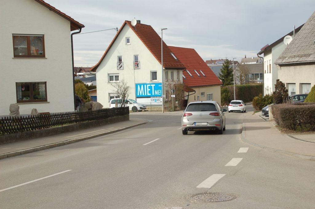 Türkheimer Str. 25/Ecke Römerstr (quer am Giebel)