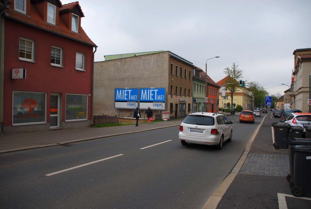 Altenburger Str. 7/B 180 (quer am Giebel)