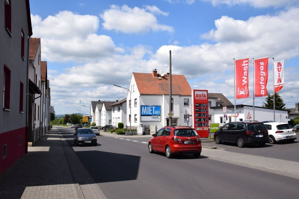 Wilhelmstr. 25/Tulpenweg (quer)