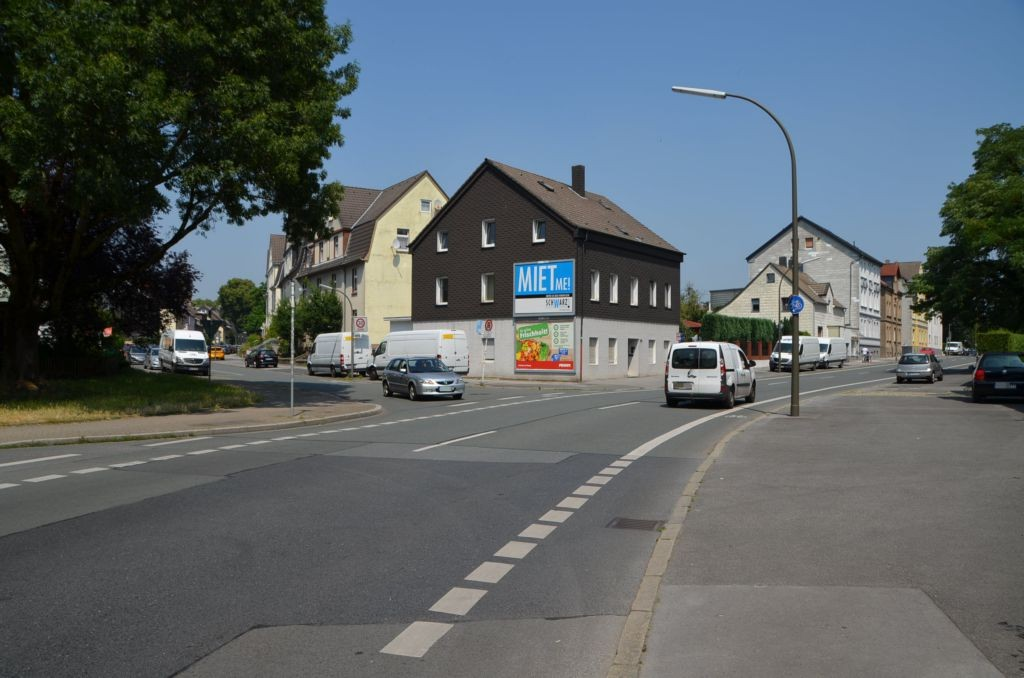 Lütgendortmunder Hellweg 193/quer am Giebel (oben)