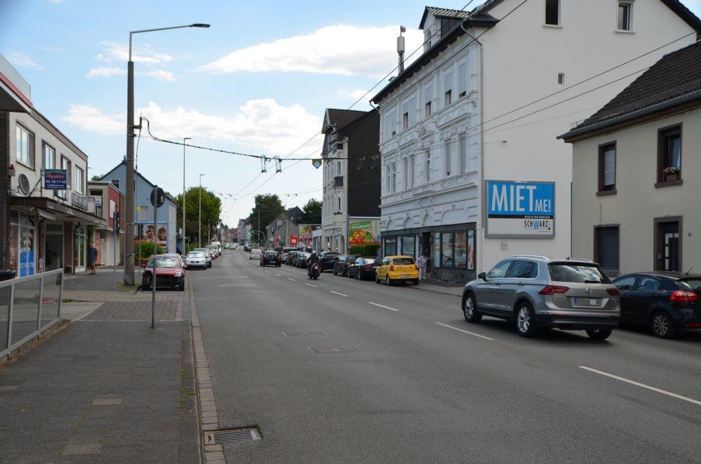 Merscheider Str. 33/Zufahrt Getränke-Star (quer am Giebel)
