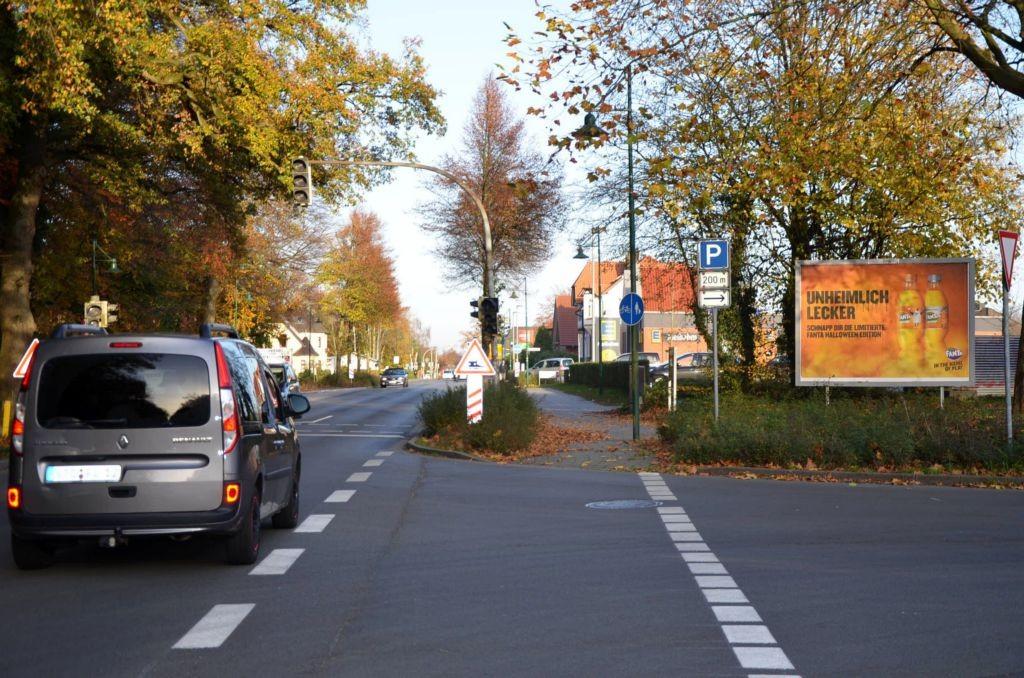 Friedrich-Huth-Str/Jahnstr. 1/neb. Edeka/quer (rts)
