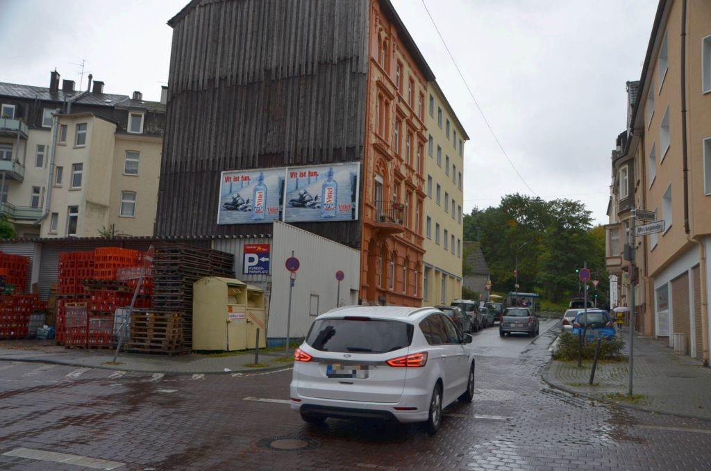 Fingscheid 17/neb. Getränke Star (quer am Giebel)