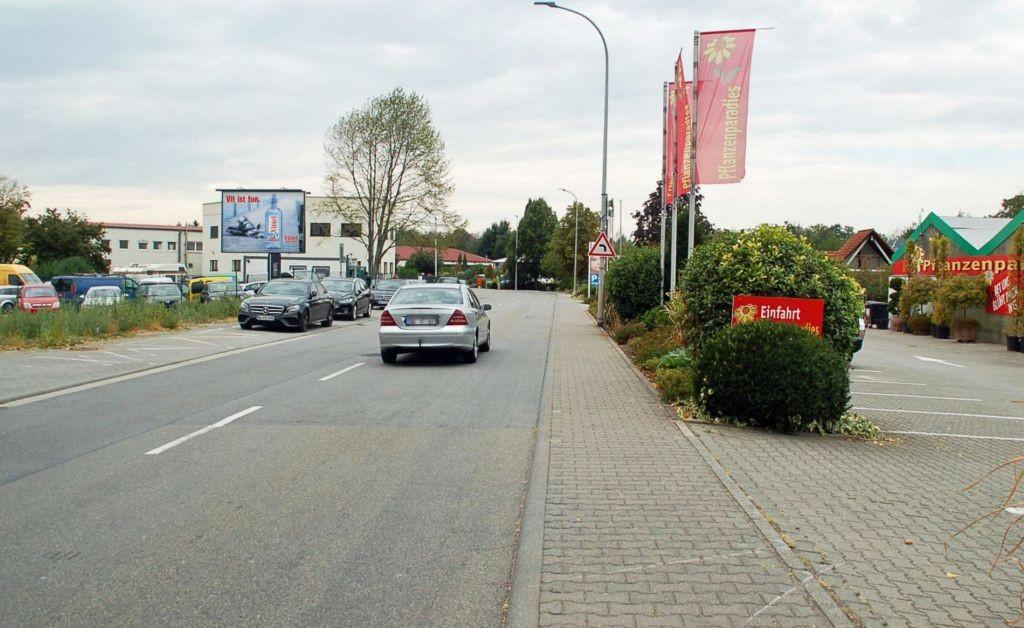 Freiburger Str. 32/nh. Penny/WE lks (City-Star)