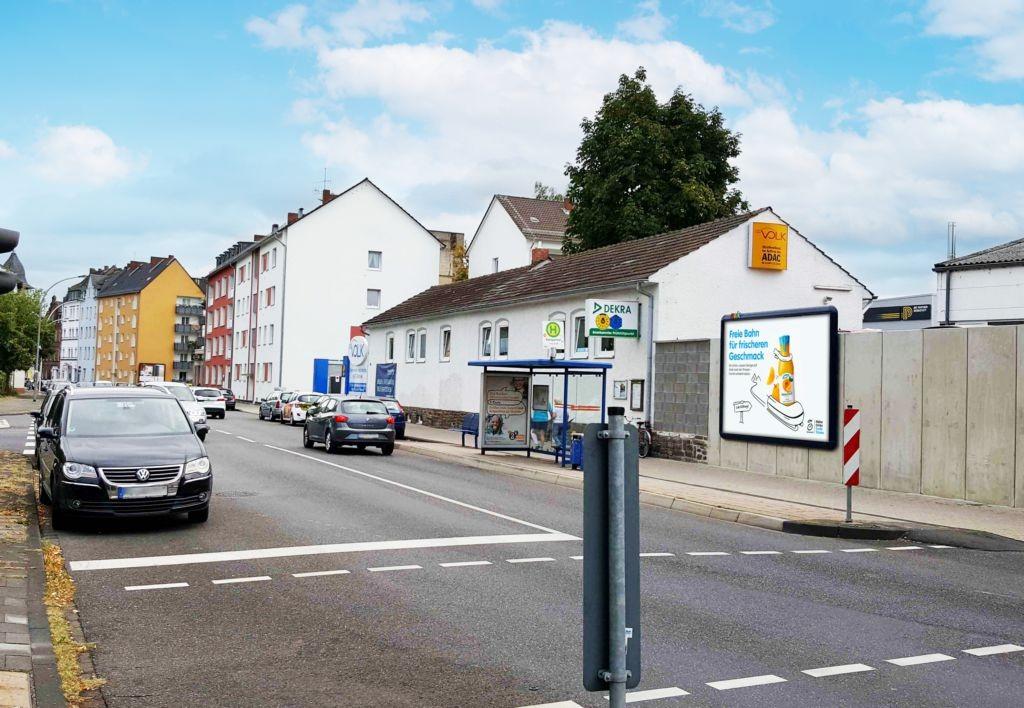 Koblenzer Str 142 li/Krankenhaus gg