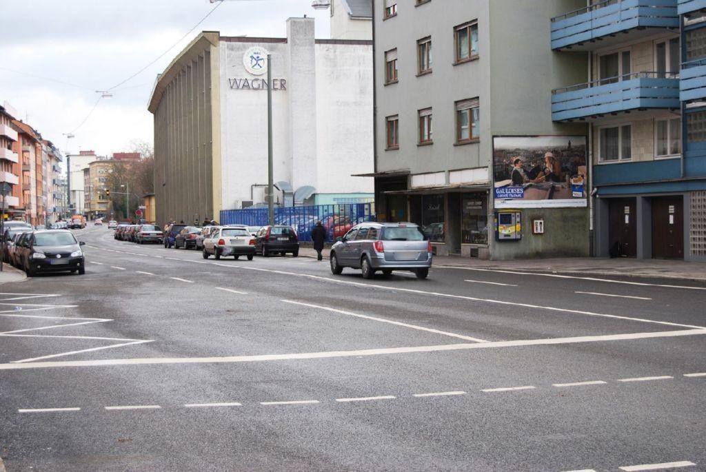 Westliche-Karl-Friedrich-Str 107 re/Neßlerstr gg