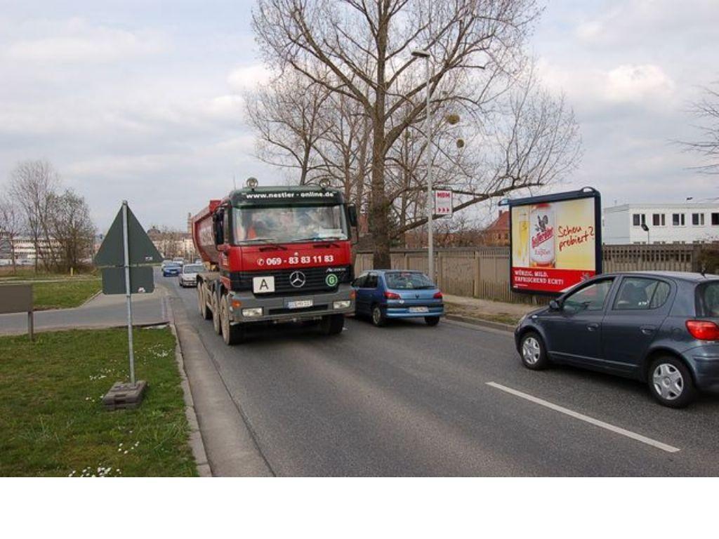 Langer Weg re/Niedersedlitzer Str nh