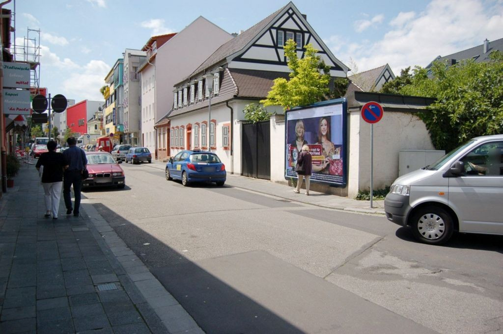 August-Bebel-Str  25 re/Nürnberger Str