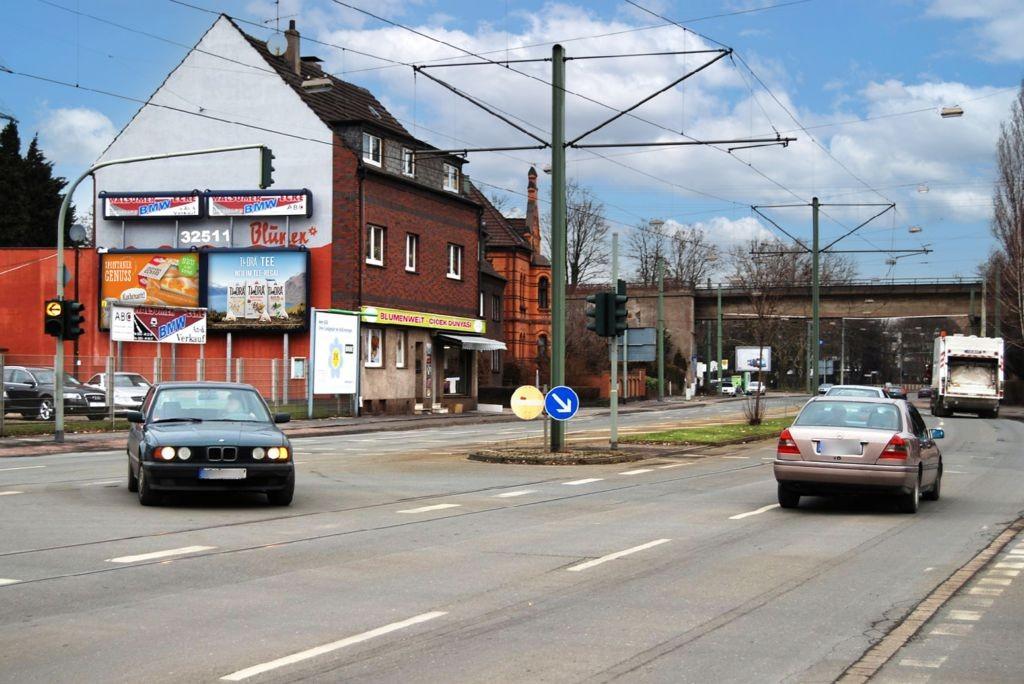 Friedrich-Ebert-Str  39 (B 8)/Teichstr