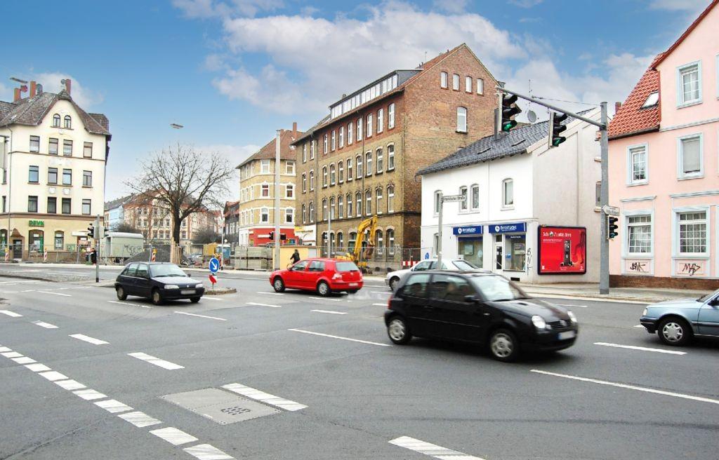 Frankfurter Str  30/Hugo-Luther-Str gg