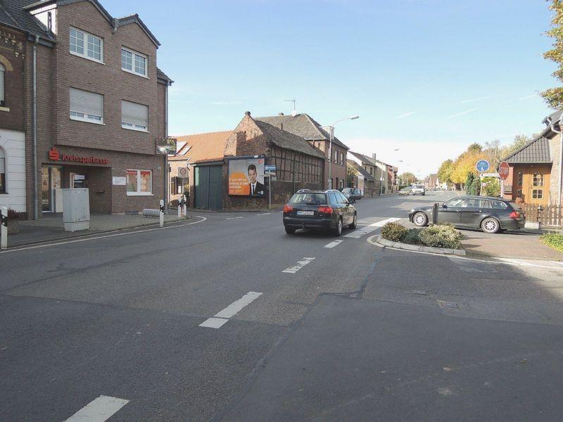Grevenbroicher Str  45/Fieseler Str