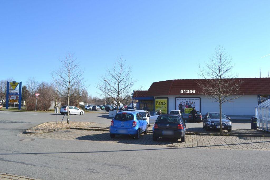 Am Kalischacht 1-3 E-center Wozny Eing.