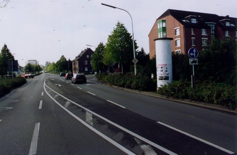 Hilfrather Str  14/Rheinstr nh