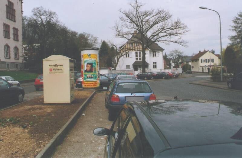 Freiherr-vom-Stein-Platz   1/Parkstr gg