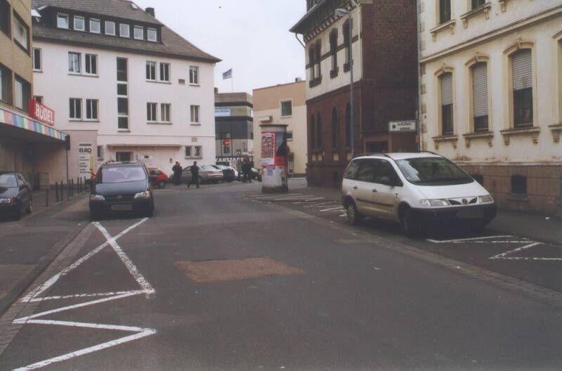 Johann-Mechtel-Str   1/Hahlgartenweg