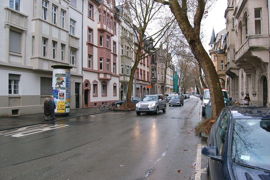 Bruchhausenstr  13a/Franz-Ludwig-Str nh