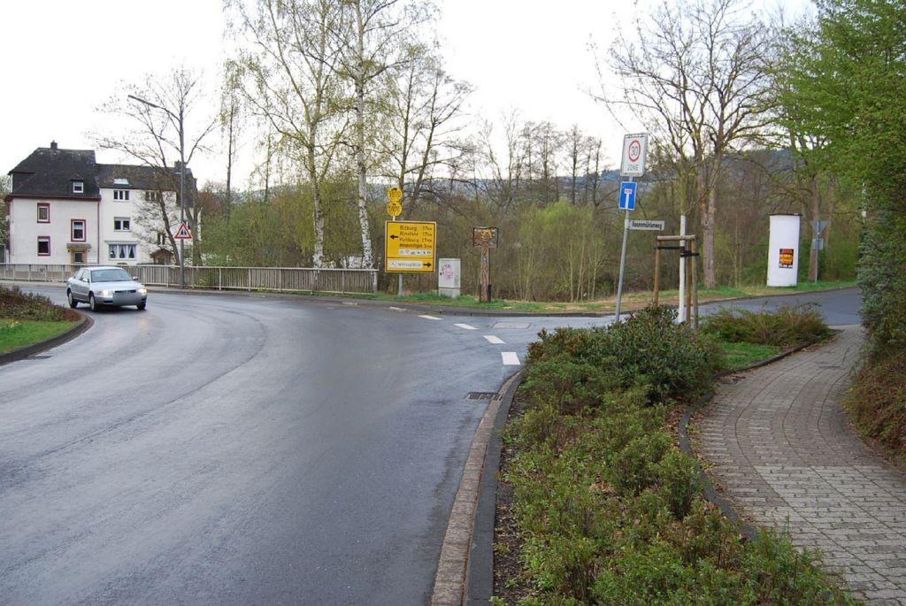 Hasenmühlenweg   1 gg/Himmeroder Str
