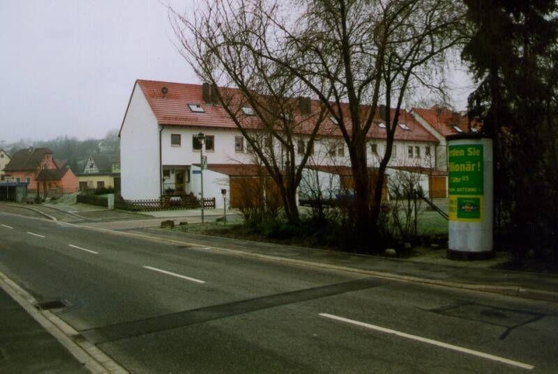Dorfstr  25 li/Im Gutshof/-Treschklingen