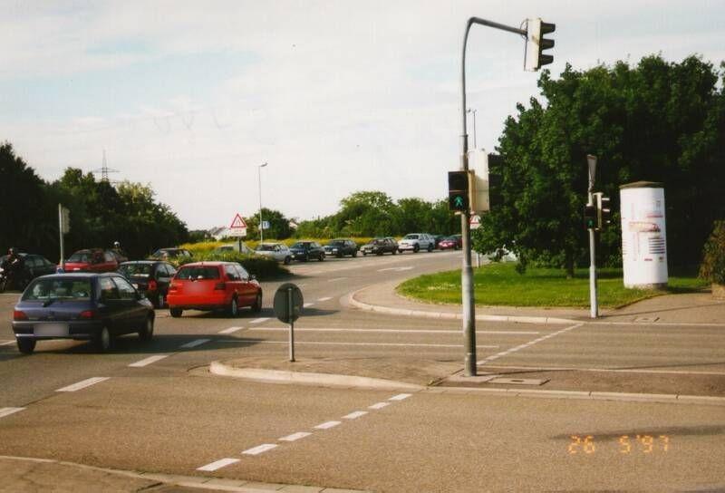 Schwetzinger Str (B 535)/August-Neuhaus-Str 36 nh