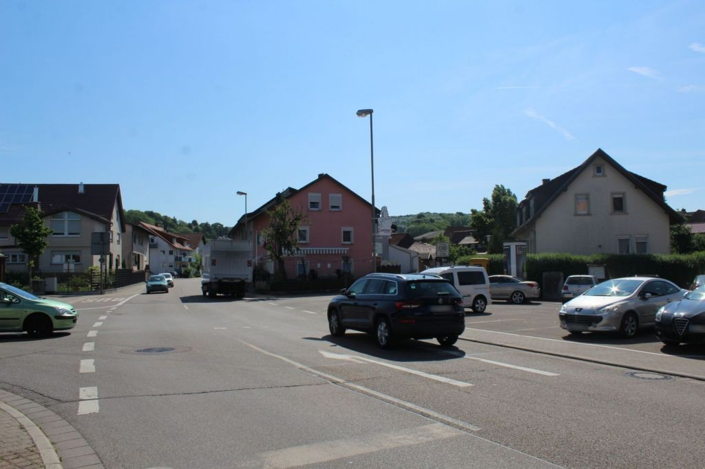 Würzburger Str (B 39)/Kandelstr