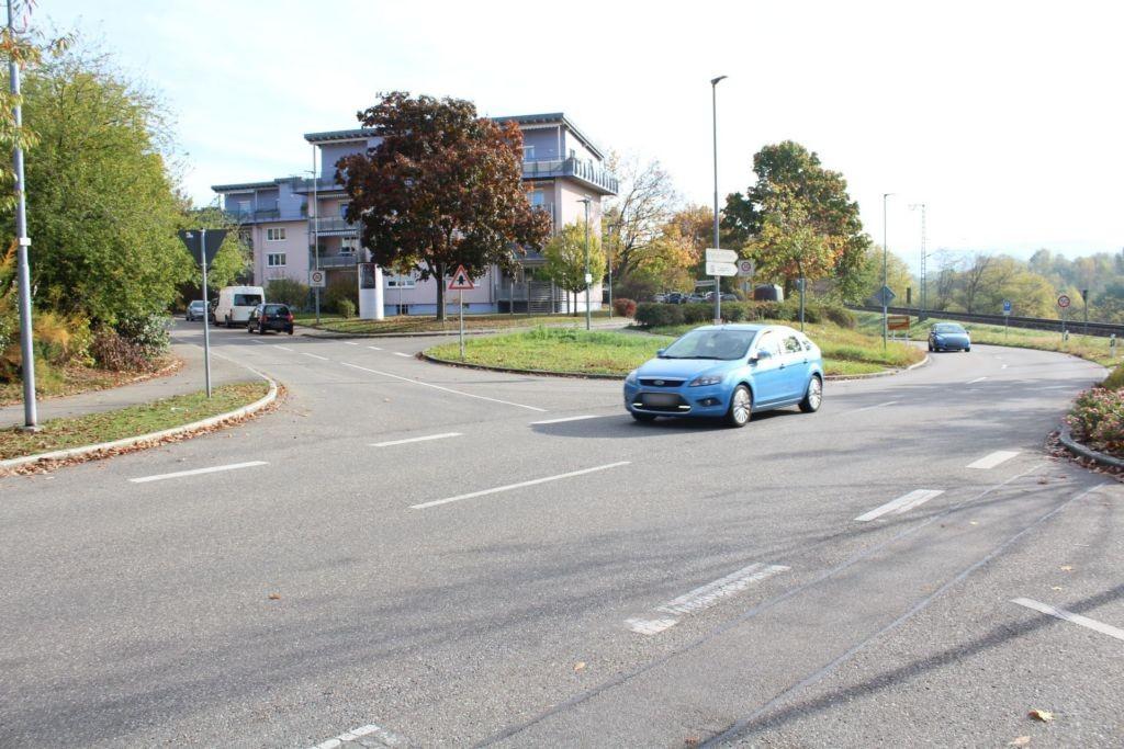 Unterbaselweg/Bahnweg