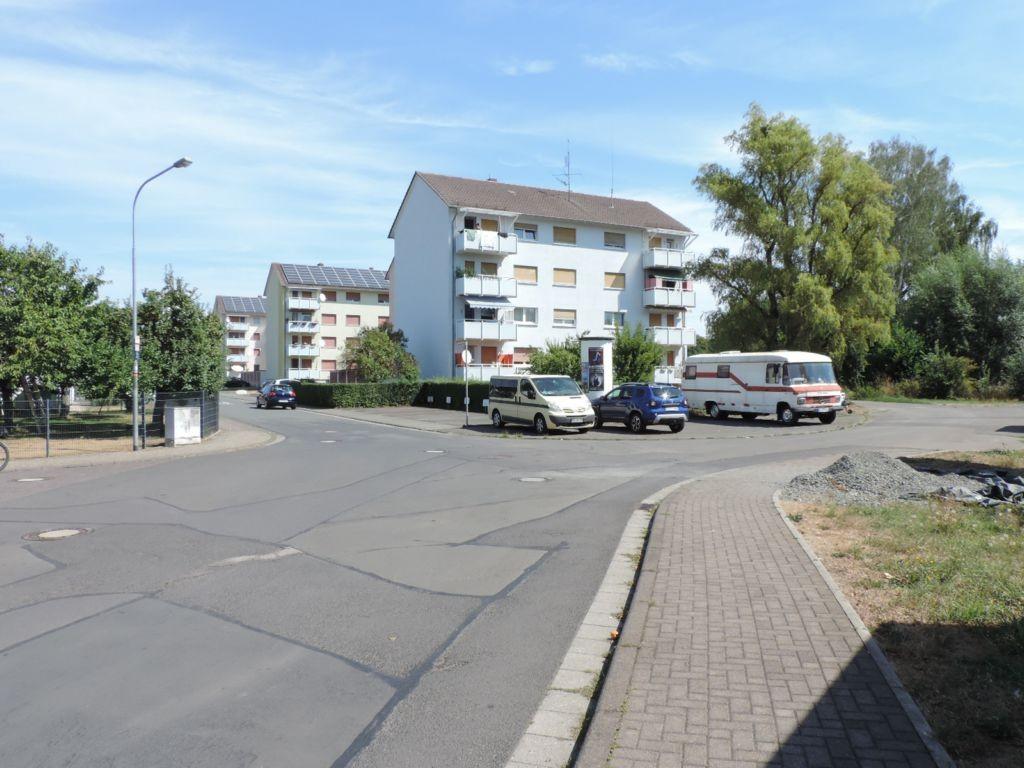 Weidenstr/Karlsbader Str