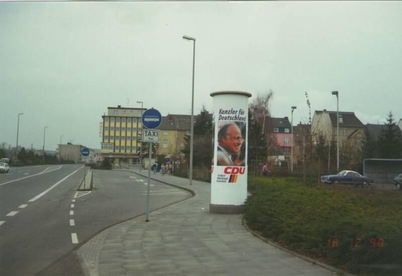 Konrad-Adenauer-Str KBE-Bhf gg