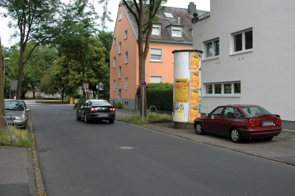 In der Goldgrube  30 li/Eduard-Müller-Str nh