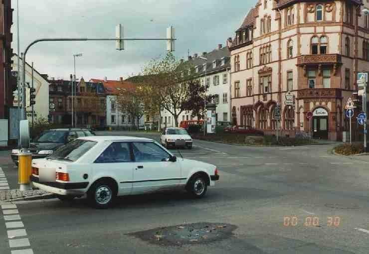 Neumayerring/Speyerer Tor