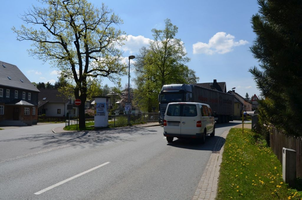 Niederzwönitzer Str/Rathausstr