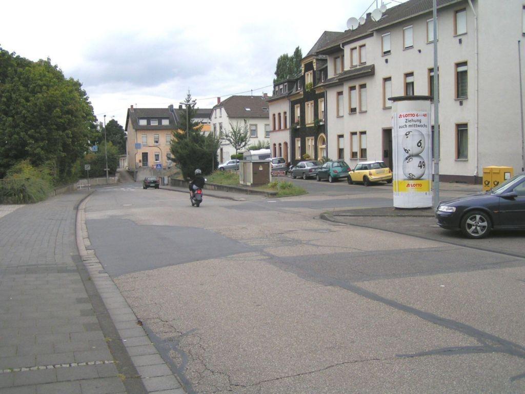 Mühlhofener Str  78 gg/Bhf Engers