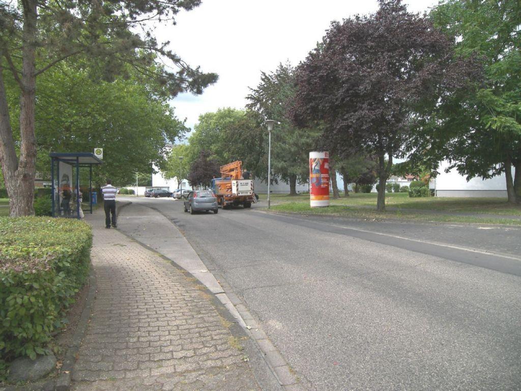 Raiffeisenring  73-79 gg/Nelkengarten