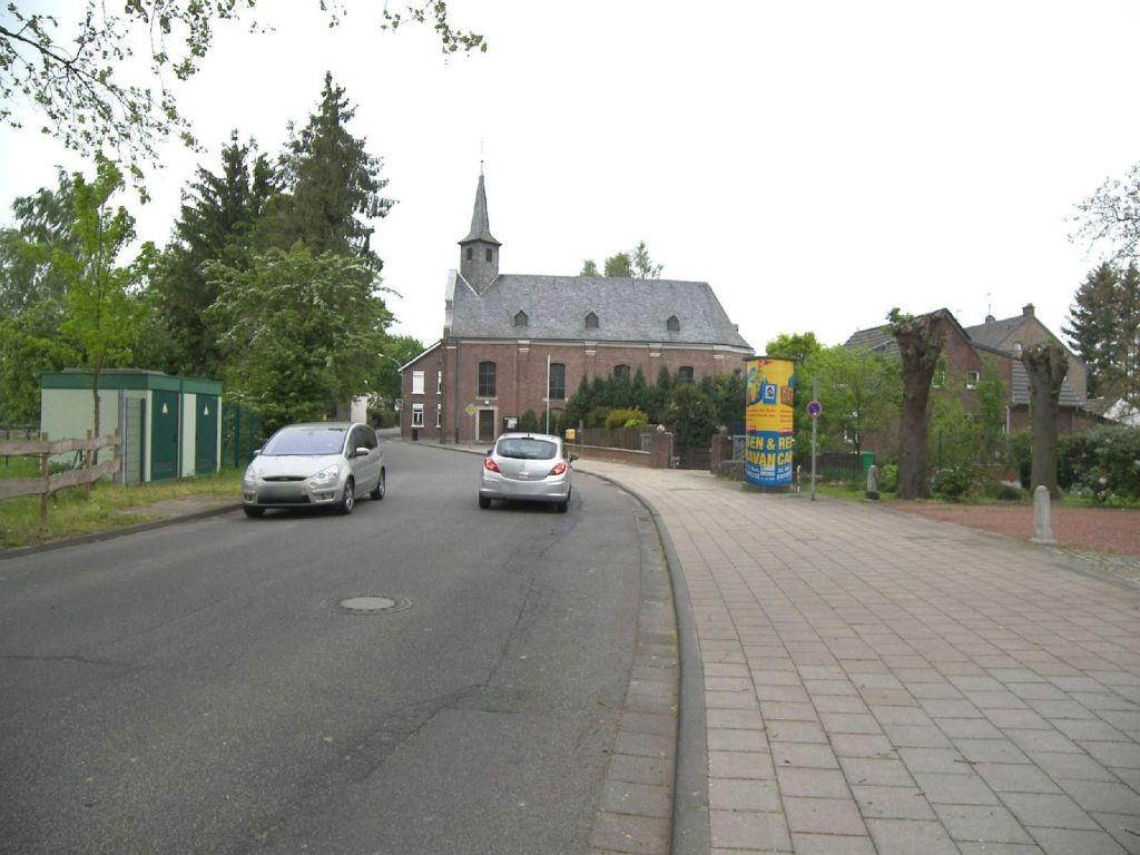 Lindenstr/Kirche